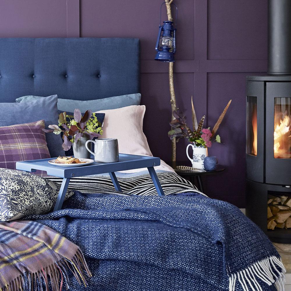 Idee camera da letto viola